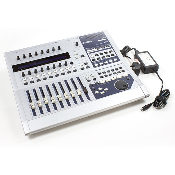 yamaha 01x digital mixer audio interface control surface. Black Bedroom Furniture Sets. Home Design Ideas