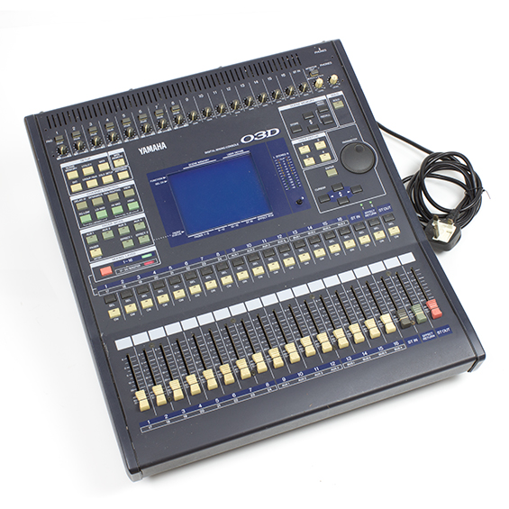 yamaha 03d digital mixer with adat card slight fault see description ebay. Black Bedroom Furniture Sets. Home Design Ideas